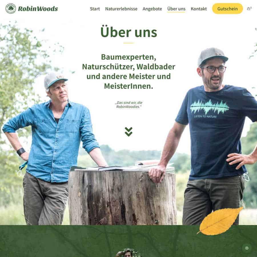 Waldbademeister Fritz Herkenrath und Tom haas von RobinWoods.